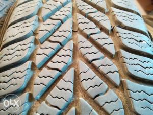 gume zimske 195 65 15 x4