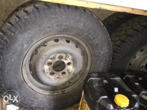 Goodyear zimske gume, off road 245/75R16 / Mercedes G