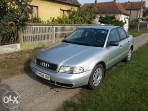 Audi A 4 stranac 1.6 benzin 74 kw u Srbiji , Šabac