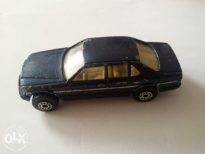 Stariji autić MC TOY Benz 260 SEL