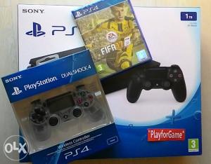 PS4 1000GB SLIM + 2 Dzojstika + FIFA17