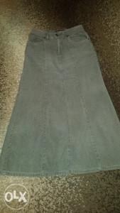 Samtana siva suknja snizena na 10 km