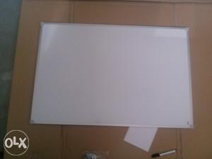 Bijela magnetna tabla 60x90 (piši - briši)