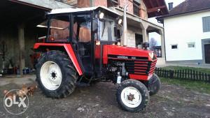 Traktor universal - univerzal 533