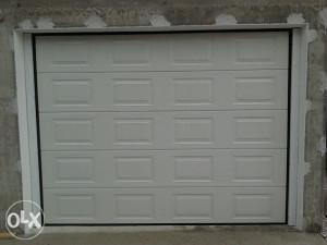 Sekciona garazna vrata