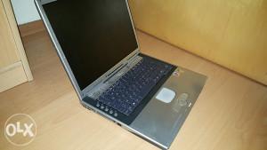 Laptop Fujitsu Siemens Amilo M7400 za dijelova