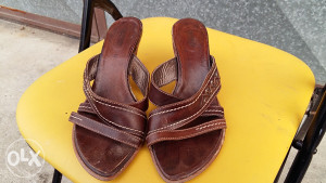 Nero Giardini  zenske  kozne sandale 37 broj