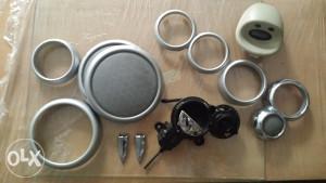 Plastike za instrumwnt tablu i zvucnike  mini cooper