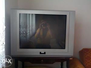 tv  u boji  NEO 70 cm