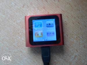 MP3 2GB mozete igrati igrice slusati muziku....