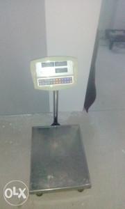 Digitalna vaga 300 kg