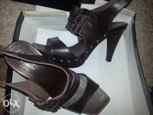 Kozne sandale br.39