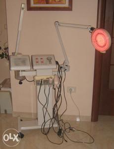 Više funkcijski aparat za njegu kože lica i tijela