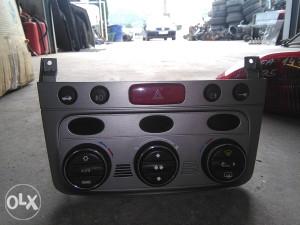 Alfa 147 displej klime sa prekidačima display