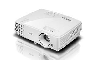 Projektor 3D! BENQ MX525 1024x768, HDMI ulaz !!!
