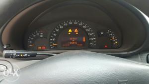 Mercedes w203 c klasa 270 cdi kilometar sat instrument