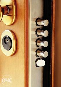Otvaranje i servis svih vrsta vrata  061-161-582