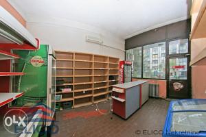 Višenamjenski poslovni prostor, dva ulaza, Dobrinja