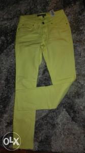 Zara pantalone zenske