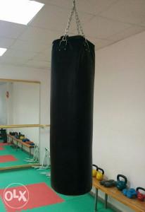 Vreća za box 40kg + rukavice za boks crne + bandaže