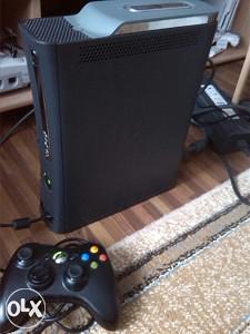 Xbox 360 jasper RGH cipovan 120gb pes18 fifa18 gta5