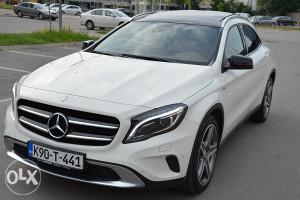 Mercedes Benz GLA 220CDI 4M 7G-DCT EDITON 1