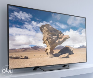 """Sony 40"""" LED Smart WiFi TV 40WD650 YouTube 200Hz"""