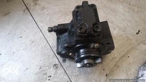 Bosch pumpa visokog pritiska Mercedes 220 CDI