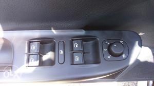 Passat 6 retrovizori automatski samoskolpivi