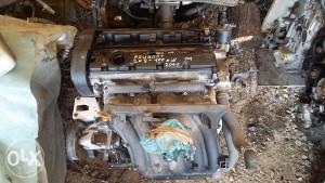 MOTOR PEUGEOT 2.0 BENZ,100 KW,01 G.P,KOMPLET-DIJELOVI