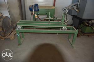 Stroj za šiljenje drvenih elemenata