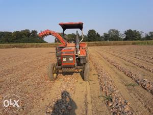 Traktor Zetor 4320