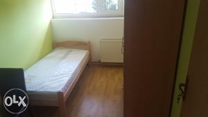 Izdajem sobe u centru Prijedora