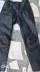 Pantalone za motor