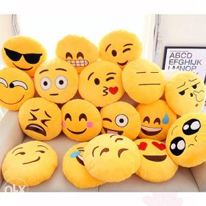 EMOJI jastuci dekorativni razni jastuk party emoji