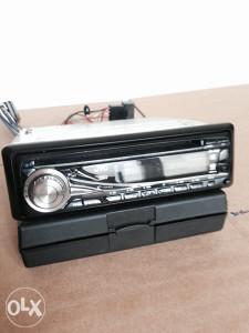 Radio JVC sa MP3