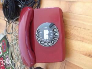 stari fiksni telefon