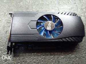 Gejmerska graficka HIS radeon HD 7850 1GB GDDR5 256bvit