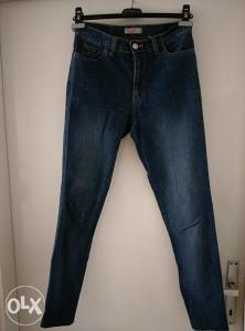 Ženske hlače, markirane Nar jeans design, veličina S