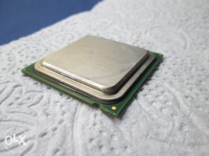 Procesor Intel Celeron D