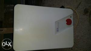Kuhinjski bojler Tiki 2000...cijena 20 km