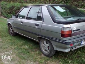 Renault 11