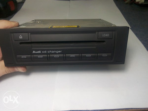 AUDI CD CHANGER