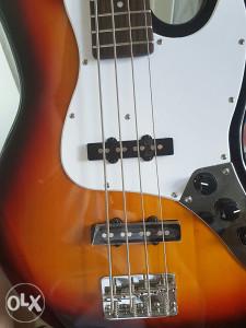 Bass gitara! Nova