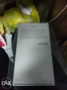 kutija iphone 7 128gb