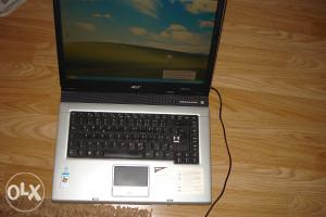 """""""AKCIJA""""Laptop Acer extensa 2300 , samo 66 km"""
