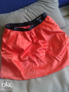 H&M suknja br.40
