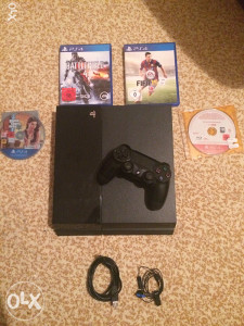 Playstation 4 500GB (ps4, Play station 4)