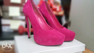 Zenske cipele stikla pink roze