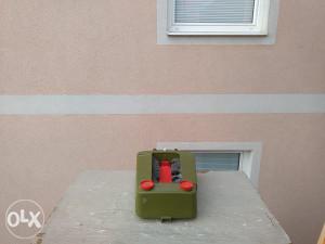 Uredjaj za ciscenje cipela